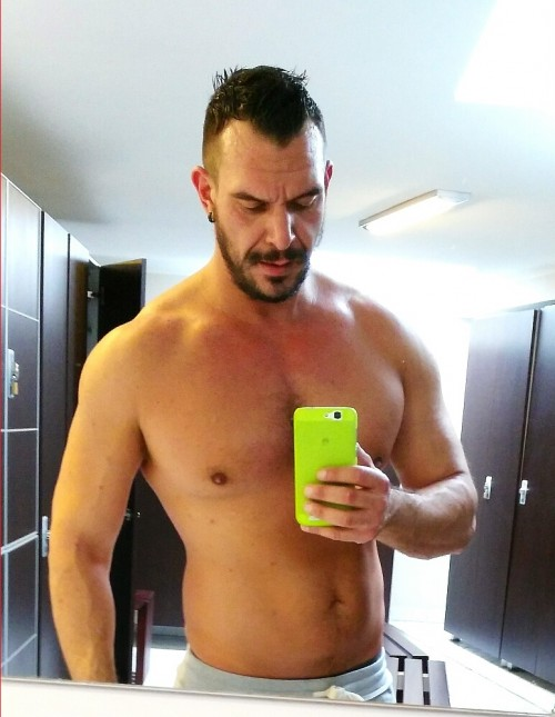 Video boy gay super escort roma