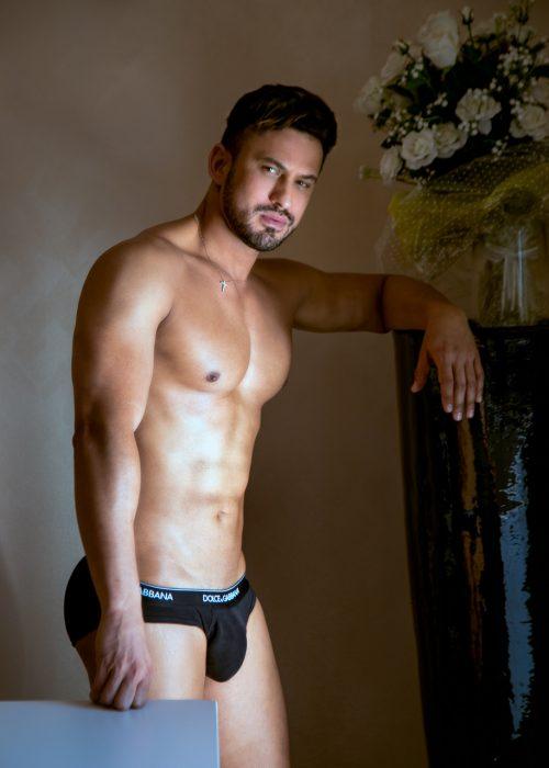 Pedro, bel maschio 1.92×94 di muscoli per il tuo piacere