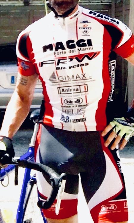 LUCCA. Tronista, ciclista Disinibito.