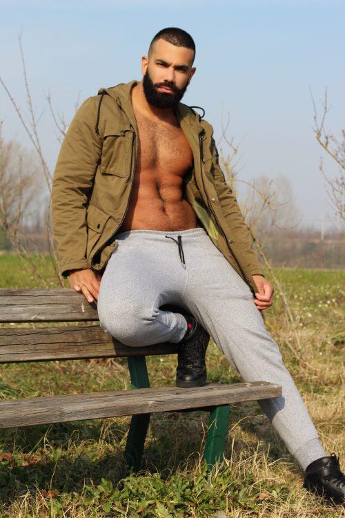 BERGAMO Ricardo Fisico palestrato gambe muscolose culo sodo
