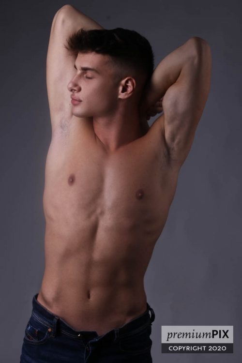 MILANO Matteo, un ragazzo di 19 anni, italiano, versatilissimo e con una grande